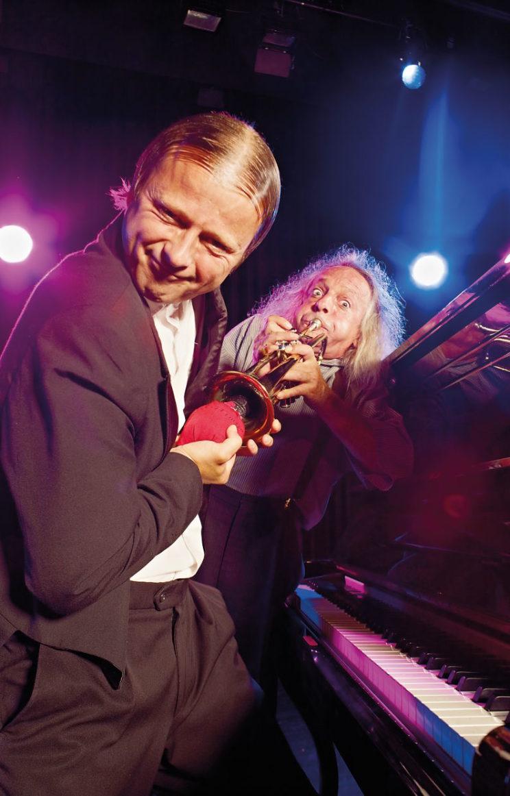 Gogoal & Mäx am Klavier und der Trompete