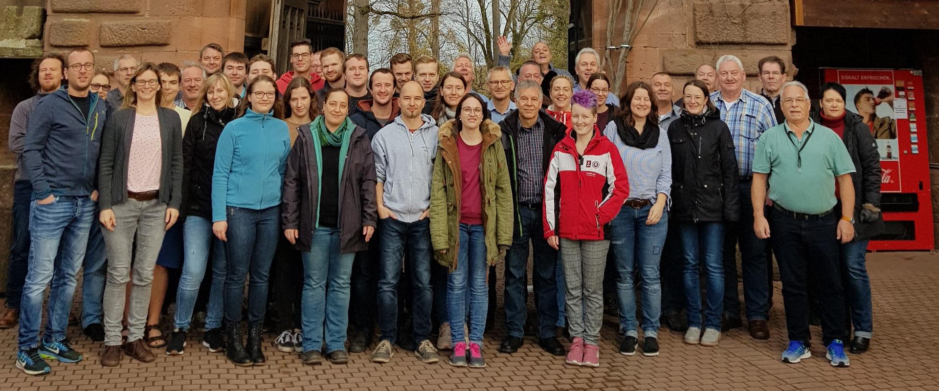 Hauptorchester des MVO vor der JHB Ortenberg